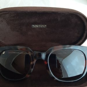 Tom Ford Campbell authentic sunglasses with case